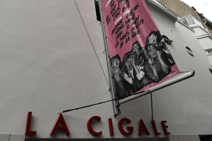 La Cigale (1400 places), à Paris, accepte de mettre en place le concept de double concert par soir plutôt que d'annuler les dates.