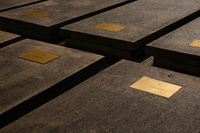 Le carré des indigents du cimetière de Thiais (Val-de-Marne), où sont enterrés les morts anonymes de la région parisienne.