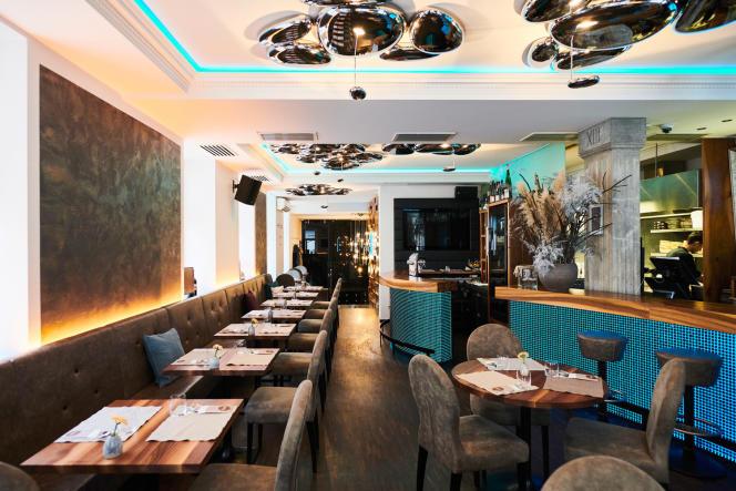 A l'intérieur du restaurant Dreizehn by Gauster.