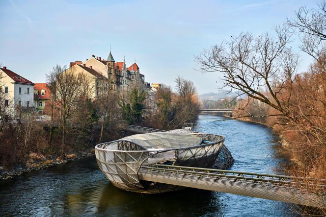 La Murinsel, une île artificielle conçue par l'architecte Vito Acconci.