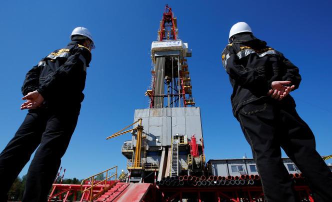 Plate-forme pétrolière de forage, à Prirazlomnoye, en Russie, en août 2016.