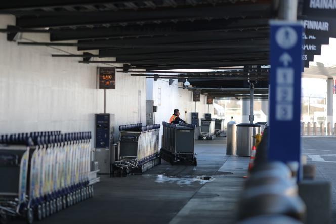 Le terminal international de l'aéroport de Los Angeles (Californie), le 11 mars.