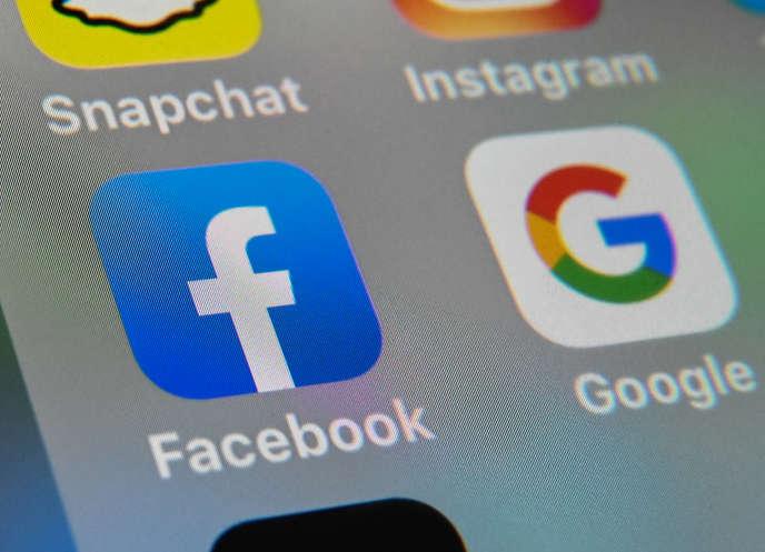 Facebook comme Google contestent l'idée de payer pour des extraits d'articles.
