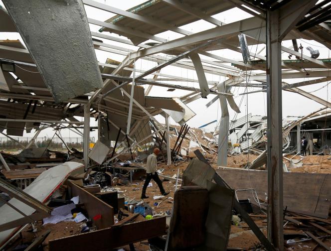 L'aéroport de Kerbala (Irak) détruit, selon les autorités religieuses irakiennes, par des frappes américaines, le 13 mars 2020.