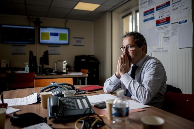 Martin Hirsch au siège de l'Assistance publique-Hôpitaux de Paris (AP-HP), le 13 mars.