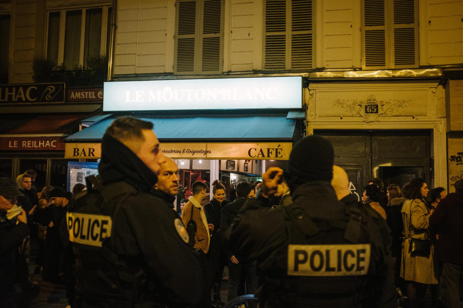 Rue du Faubourg-Saint-Denis à Paris, dans la nuit du 14 au 15 mars.