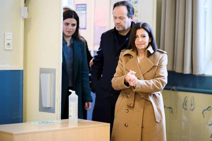 Anne Hidalgo lors du premier tour des élections municipales à Paris, le 15mars.