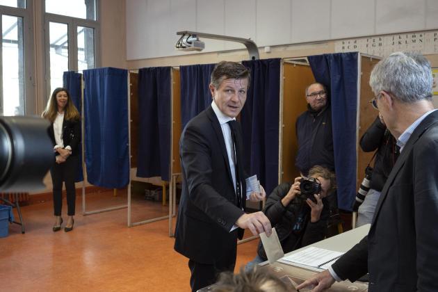 Le maire sortant de Bordeaux, Nicolas Florian, s'est rendu aux urnes dimanche 15 mars 2020 au matin.