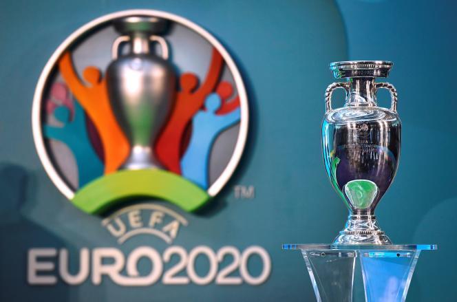 La priorité des ligues est d'obtenir le report du championnat d'Europe prévu dans douze villes du 12 juin au 12 juillet, afin de se laisser une chance de finir leurs championnats et, éventuellement, les Coupes d'Europe, d'ici le 30 juin.