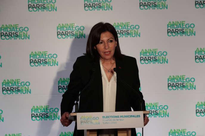 Anne Hidalgo, à son QG de campagne, lors de son discours du 15 mars après le premier tour des municipales.