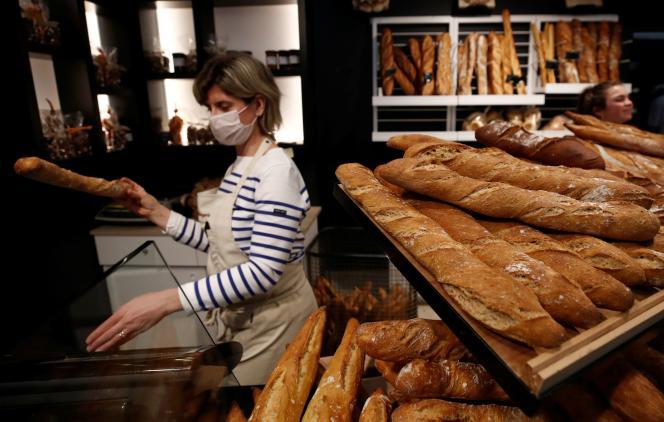 Dans une boulangerie à Vertou (Loire-Atlantique), le 17 mars.