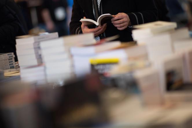Quand pourra-t-on feuilleter à nouveau des livres dans une librairie?