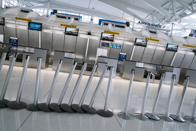 Comptoir Air France, à l'aéroport JFK de New York, le 12 mars 2020.