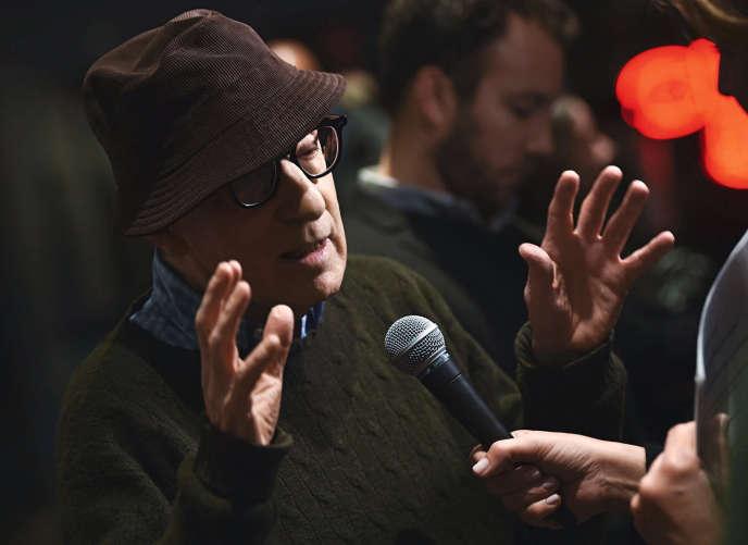 Hachette a renoncé à publier aux Etats-Unis les Mémoires du cinéaste Woody Allen, ici en 2017, après des contestationsentre autres de Ronan Farrow.