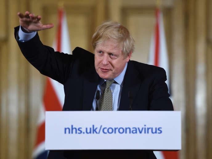 Boris Johnson, lors d'une conférence de presse sur la propagation du coronavirus, le 18 mars 2020, à Londres.