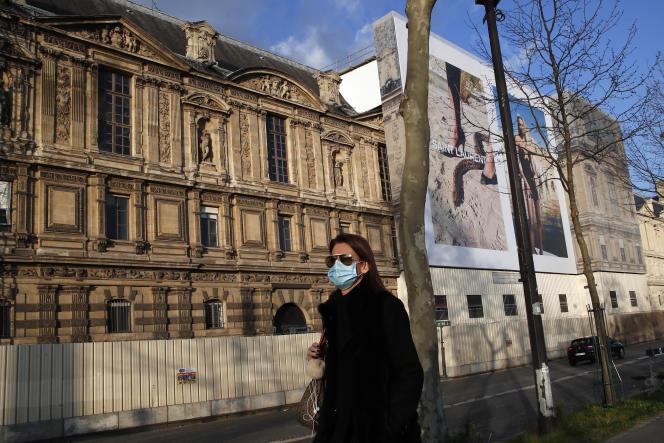 Le Louvre est resté fermé dimanche 1er mars en raison d'un droit de retrait du personnel, inquiet de l'épidémie causée par le coronavirus.