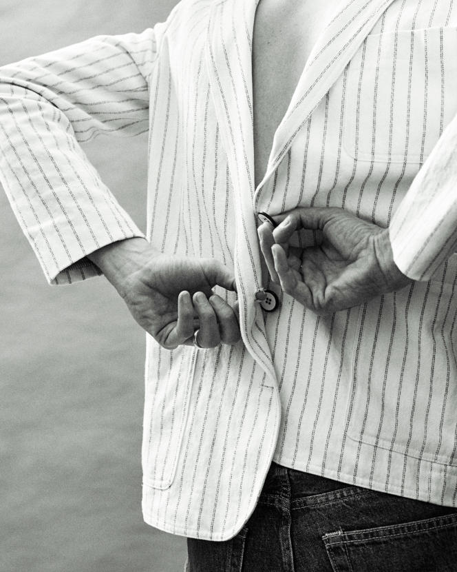 Blazer Maddie en cotonet lin, Sessùn, 275 €.fr.sessun.com