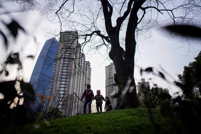 Dans un parc du centre de Shanghaï, le 17 mars 2020.