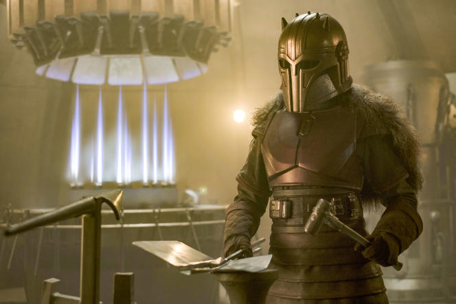 Emily Swallow interprète The Armorer (« l'Armurière») dans« The Mandalorian», la série de Disney+.