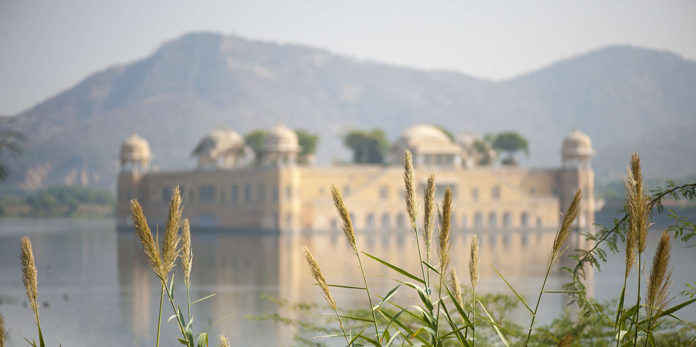 Inde, Jaipur, palais flottant sur le lac