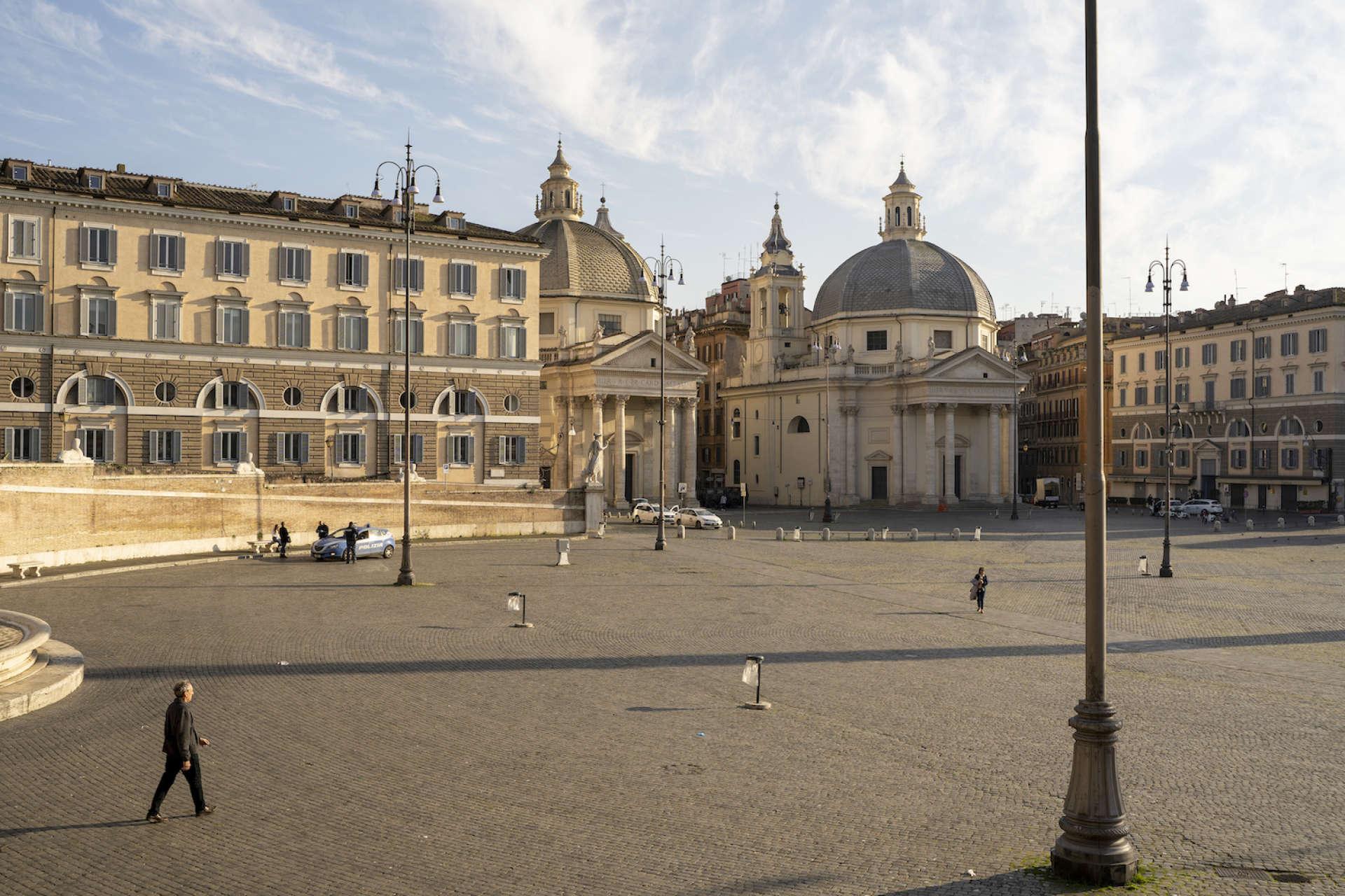 Piazza del Popolo. Rome, le 18 mars.