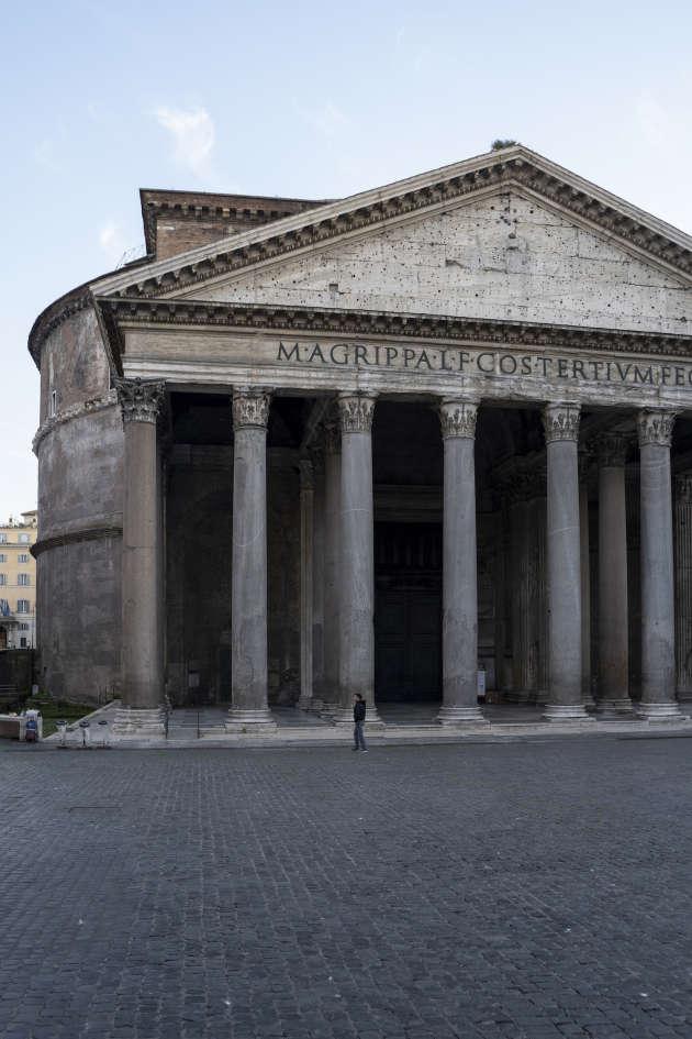 Place de la Rotonde, devant le Panthéon. Rome, le 18 mars.