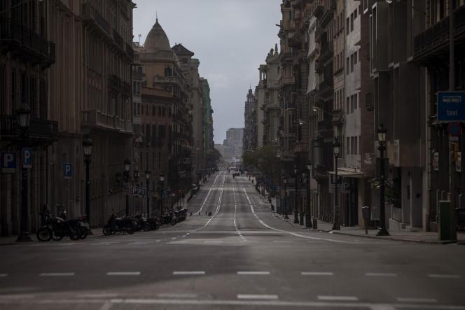 L'avenueVia Laietana, au centre de Barcelone, dimanche 22 mars.