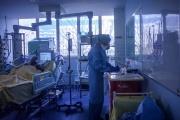 A l'hôpital Bichat AP-HP, à Paris, le 13 mars 2020.