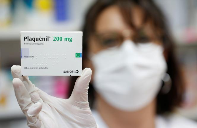 « Une trentaine » d'effets indésirables graves, ont jusqu'à présent été signalés chez des patients atteints du coronavirus traités par Plaquénil.