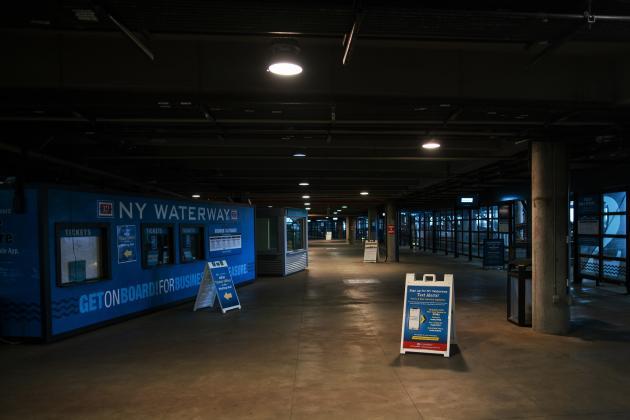 Dans une gare à Hoboken, dans le New Jersey, aux Etats-Unis, le 23 mars.