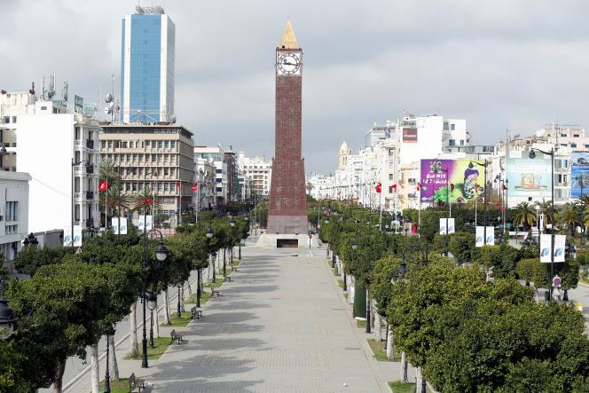 L'avenue Habib-Bourguiba dans le centre de Tunis, le 22 mars 2020.
