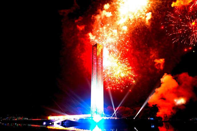 A Dacca, la capitale bangladaise, des feux d'artifice ont donné le coup d'envoi des cérémonies commémorant la naissance de Sheikh Mujibur Rahman.