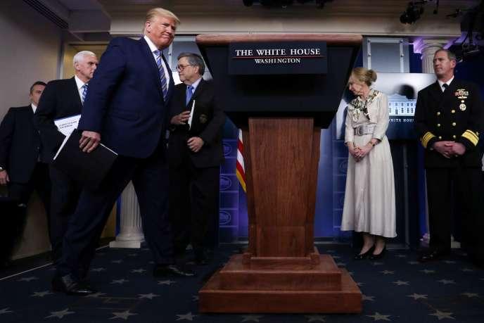 Le président américain Donald Trump lors de la conférence de presse quotidienne sur le coronavirus, le 23 mars à la Maison Blanche.
