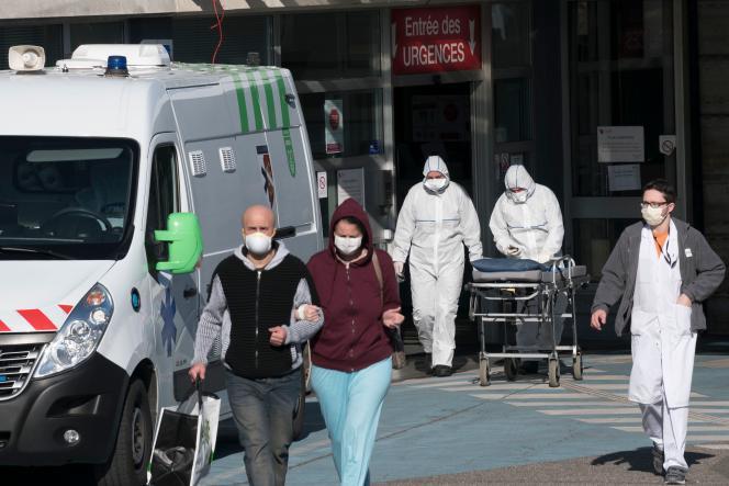 A Mulhouse, le 24 mars. Le Land du Bade-Wurtemberg accueille des malades pour désengorger les établissements de santé du Grand Est.