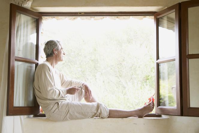 Les retraités de l'étranger ayant reçu leur certificat de vie entre décembre 2019 et mars 2020 ont deux mois de plus que prévu pour le renvoyer.