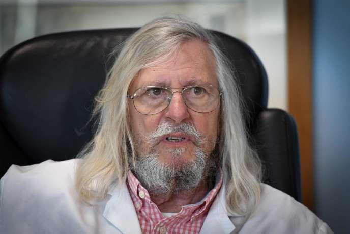 Didier Raoult, microbiologiste, directeur de l'Institut hospitalo-universitaire Méditerranée Infection, à Marseille le 26 mars.