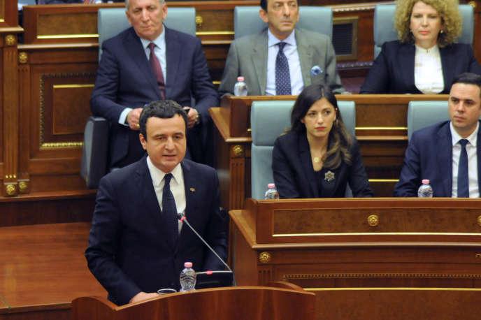 Le premier ministre du Kosovo, Albin Kurti, nouvellement élu, prononçait son discours devant le Parlement à Pristina, le 3 février.