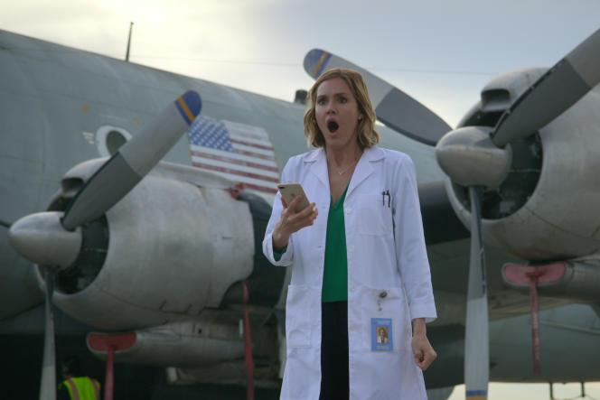Erinn Hayes incarne la docteure Lola Spratt dans«Medical Police».