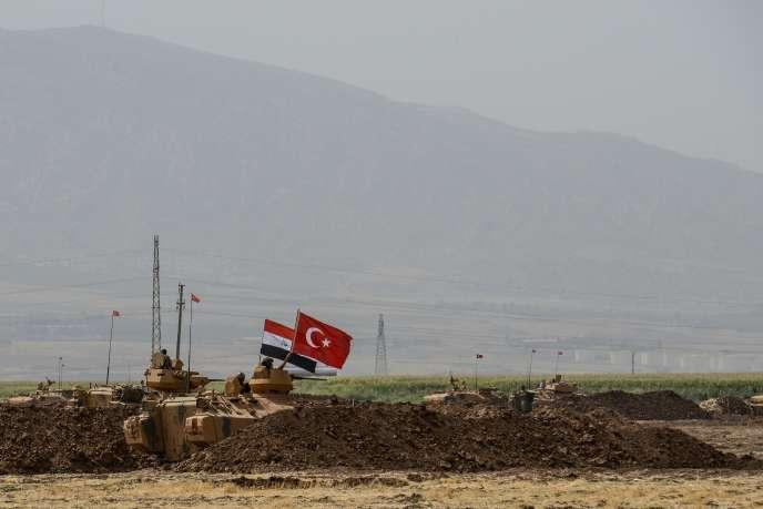 Des soldats dans la région de Sirnak, à majorité kurde, dans le sud-est de la Turquie, où Simoni et Hurmuz Diril ont disparu.