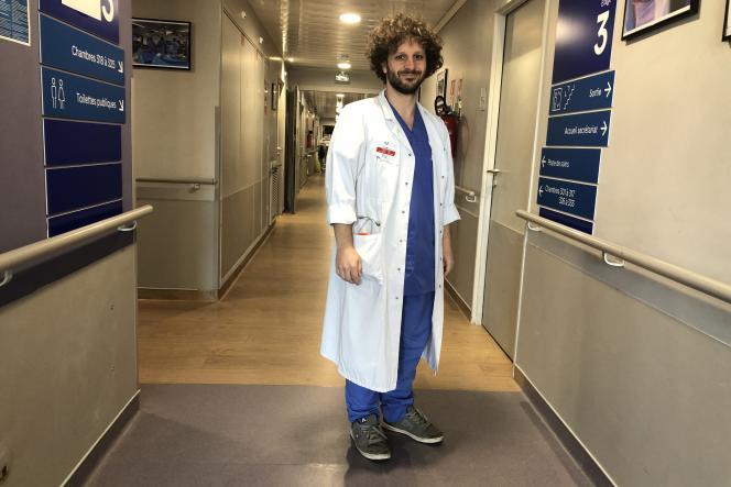 Thomas Gille, pneumologue à l'hôpital Avicenne, Bobigny (Seine-Saint-Denis).