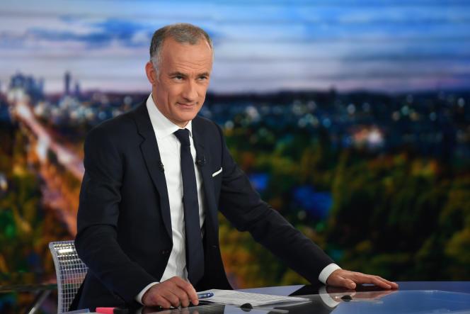 Le présentateur du «20 heures» de TF1, Gilles Bouleau, dans les studios de Boulogne-Billancourt, en janvier 2019.