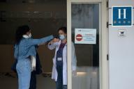 L'hôtel Gran Colon de Madrid est utilisé comme structure médicale d'accueil des patients peu symptomatiques, le 19 mars.