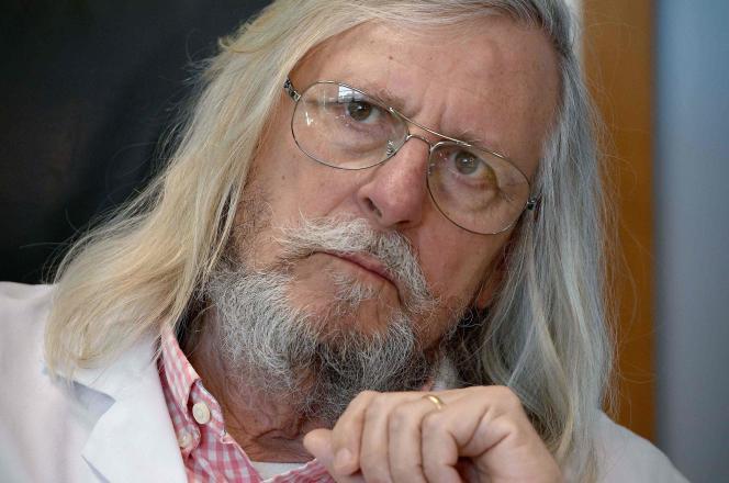 Le professeur Didier Raoult, à l'IHU de Marseille, le 26 février.