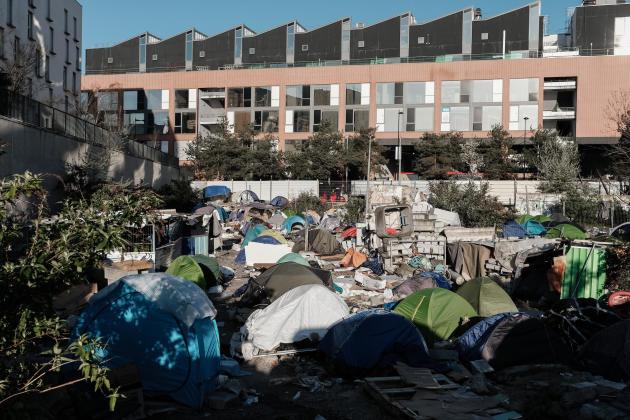 Le camp d'Aubervilliers après l'évacuation par la police, le 24 mars.