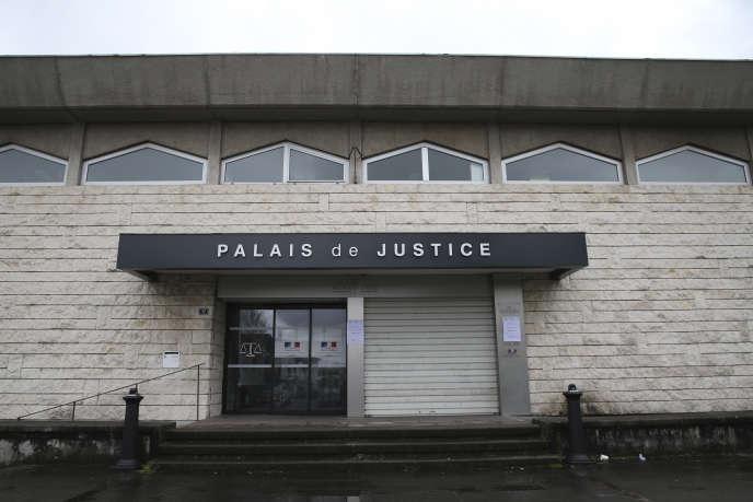 Le palais de justice de Bayonne (Pyrénées-Atlantiques) fermé, le 16 mars.