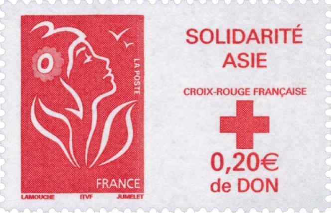 Marianne créée par Thierry Lamouche, gravée par Claude Jumelet, parue le 14 janvier 2005.Timbre avec surtaxe au profit des sinistrés du tsunami