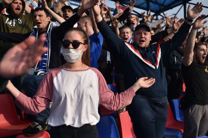 Lors d'un match du championnat biélorusse de football, à Minsk, le 28 mars.