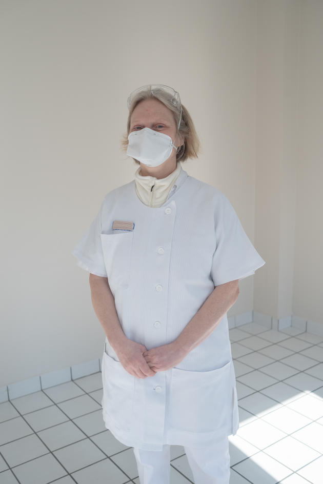 Ségolène de La Soubière, médecin à Plouzané, est volontaire au centre – Saint-Renan, le 27 mars.