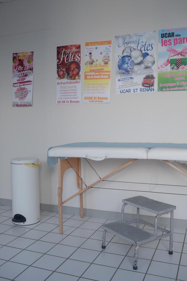 Un des bureaux de consultation – Saint-Renan, le 27 mars.