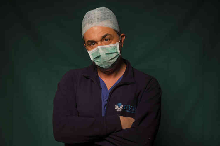 Mirko Perruzza, 43 ans, infirmier à la cliniqueSpoke Casal Palocco de Rome.